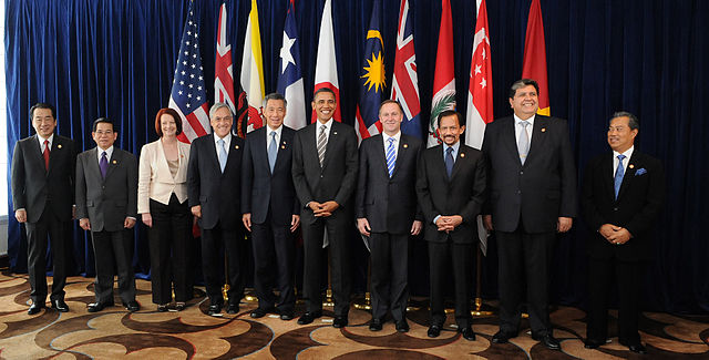 """Leaders of TPP member states"" by Gobierno de Chile - 14.11.2010 Gira a Asia. Licensed under CC BY 2.0 via Commons - https://commons.wikimedia.org/wiki/File:Leaders_of_TPP_member_states.jpg#/media/File:Leaders_of_TPP_member_states.jpg"
