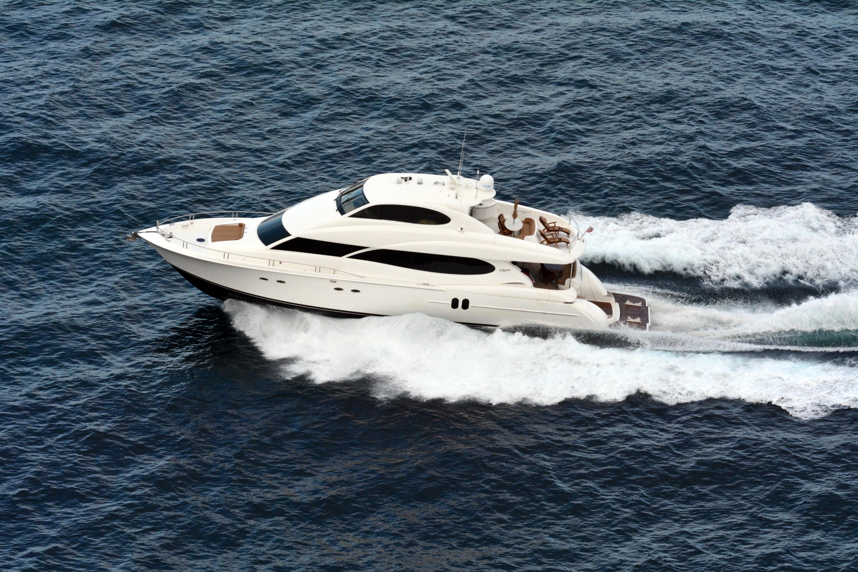80_foot_motor_yacht_Alchemist_photo_D_Ramey_Logan