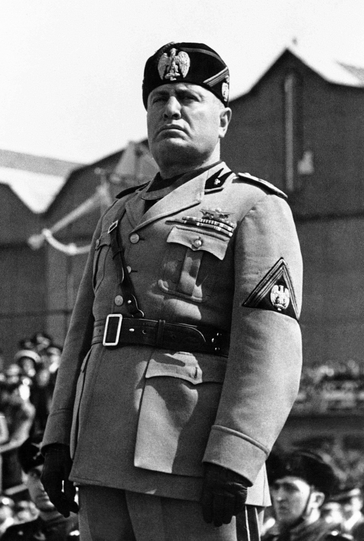Benito_Mussolini_Duce
