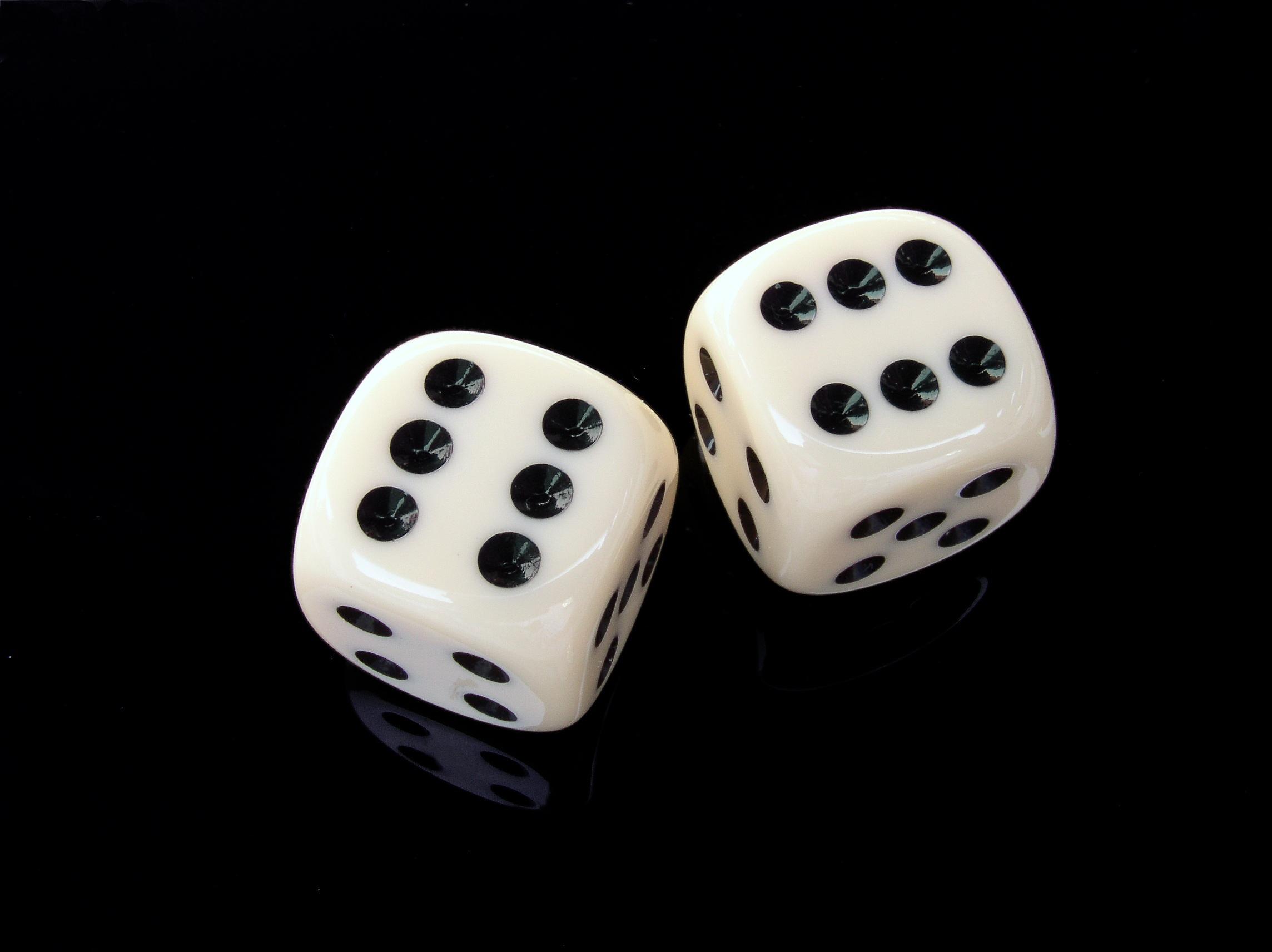 cube-six-gambling-play-37524